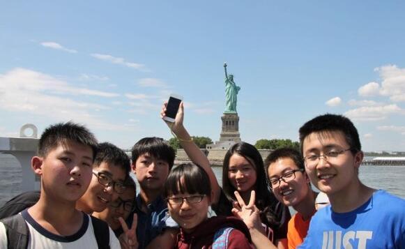 调查显示 75%受访者认为海外游学对孩子的成长有意义
