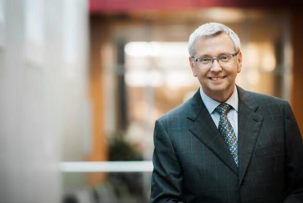 剑桥大学将迎来首位外籍校长 曾任多伦多大学30年教授