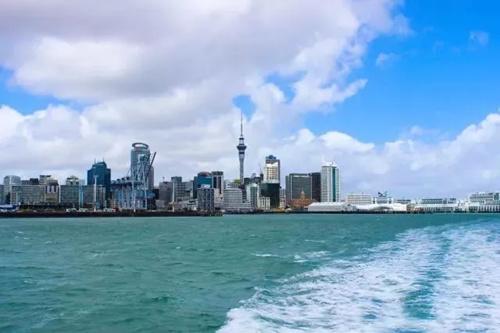 新西兰签证申请高峰将至 选择合格顾问