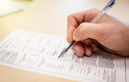 H1-B签证陷困境 中国留学生返国重签遭严审