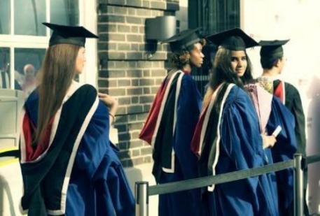 英国留学 1年制硕士不受认可吗?