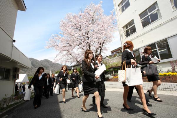 """日本留学签证大规模遭拒,留学路""""风云多变""""!"""