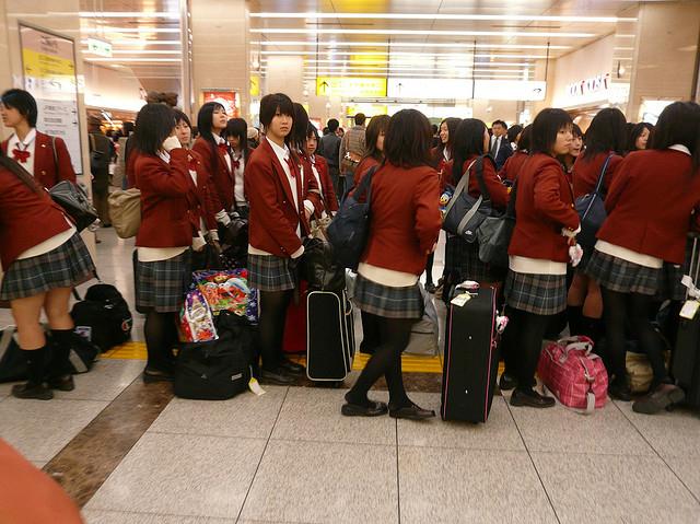 日高中开学典礼唱中国国歌  日本网友炸了