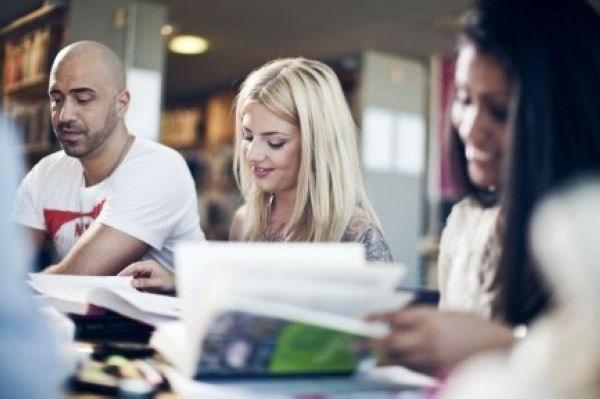 凭借高考成绩也能去法国留学?  高考生留法步骤详解