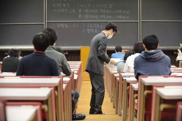 日本拟将编程纳入高考  网友:还好毕业得早