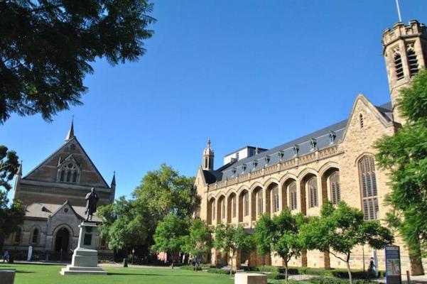又一波澳洲大学提供奖学金 速速拿下!