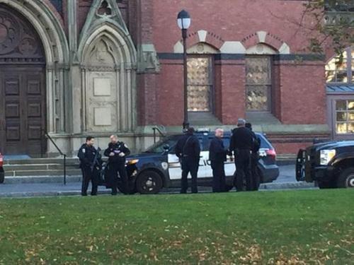 美国哈佛大学未发现爆炸物 恢复正常教学