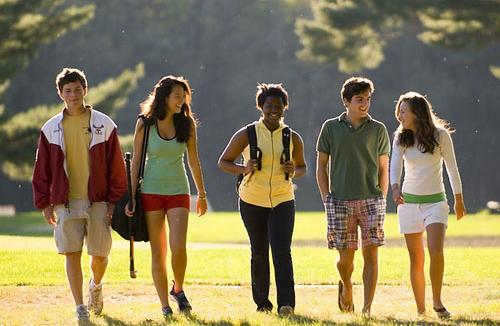 美国高中炙手可热 低龄留学为何会成主流