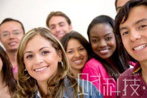 加拿大留学人数激增 留学移民更高效