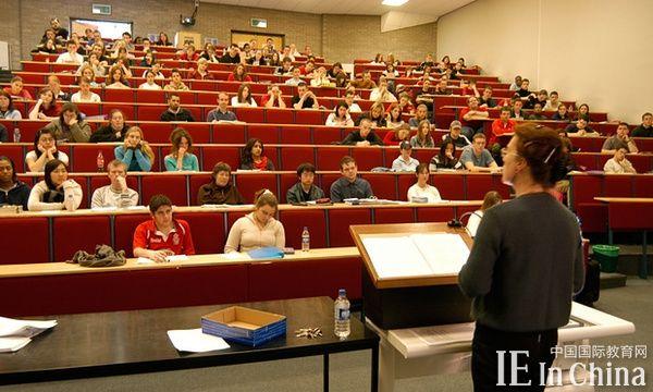 英国大学各专业性别差异巨大 你选对了吗?