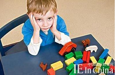 """给孩子""""刚刚好的养分"""" 读懂TA的情绪是关键"""