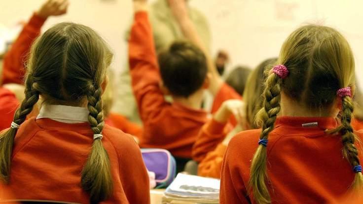 英国工党:超过50万英国小学生无法享受小班教学