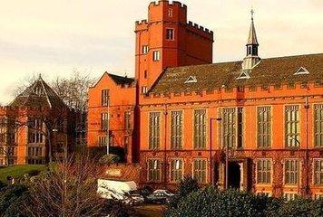 谢菲尔德大学会计与金融管理本科专业申请条件