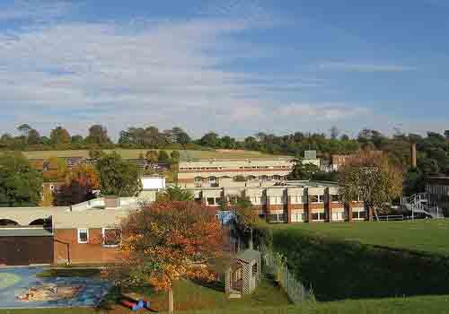 萨塞克斯大学取消两门硕士课程 已申请学生将被调剂