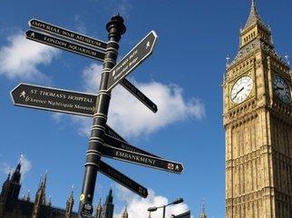 "英国留学的""贵""和""水"""
