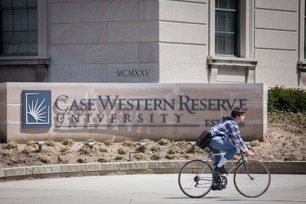 美国凯斯西储大学因成功吸引众多留学生获奖