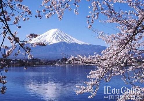 日本留学申请本科的的条件有哪些?