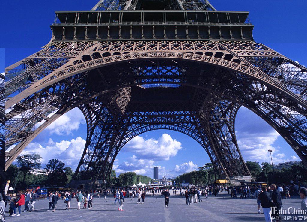 法国成为热门留学国家的原因