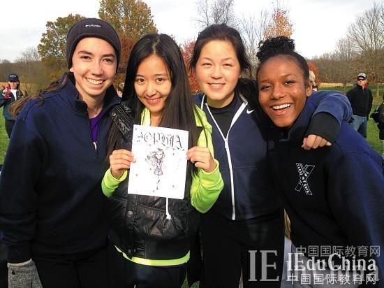高三女生被耶鲁提前录取:多元教育背景加分
