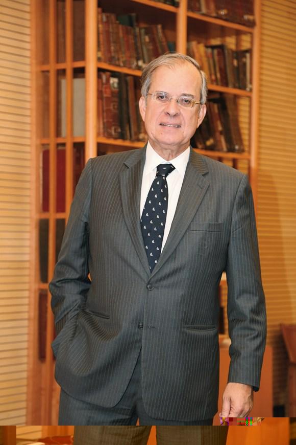 刚柔并济的法式高等教育-专访法国驻华大使顾山