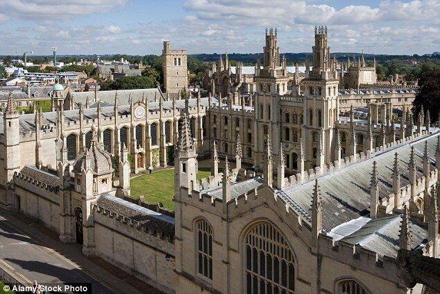 牛津大学误将不及格学生名单公布引公愤 校方道歉