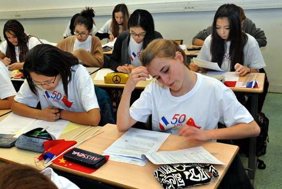 三个问题帮助解答 出国留学值不值?