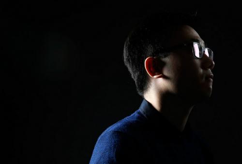 亚裔生受歧视忍气吞声 怕影响学业得罪人