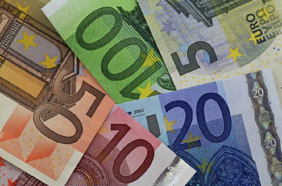 出国留学荷兰节省费用最有效的途径