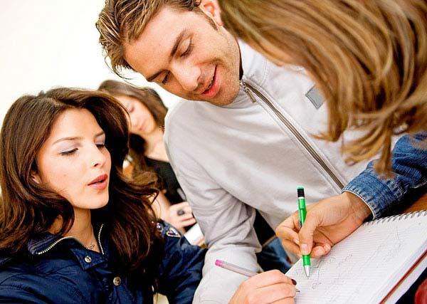 加拿大留学为何选择研究生文凭