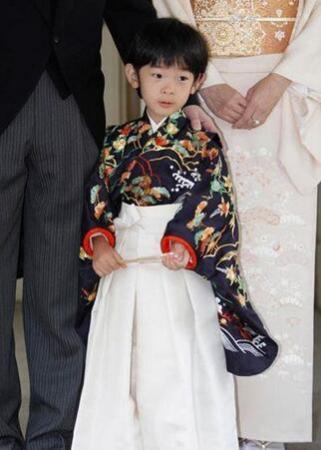 日本小皇子就读小学受欢迎