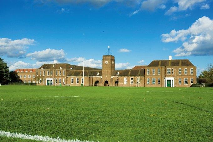 走近英国麦钱特泰勒斯学校