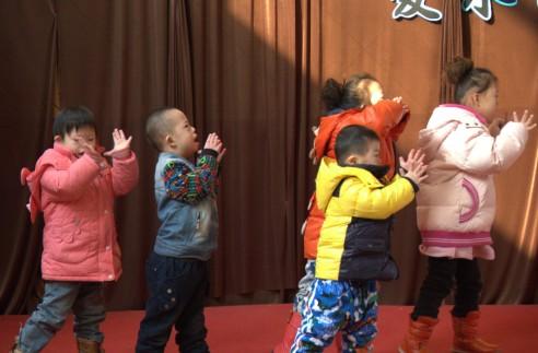 伊顿国际教育为福利院孩子送温暖