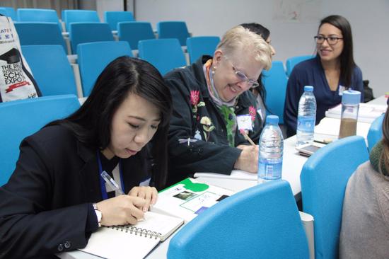 力迈外国语学校:培养国际化人才
