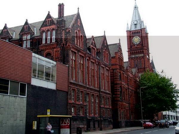 英国大学最危险的大学前五名