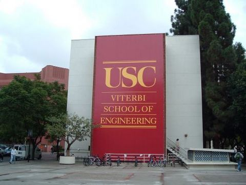 美国南加州大学学费再次上涨遭中国留学生吐槽