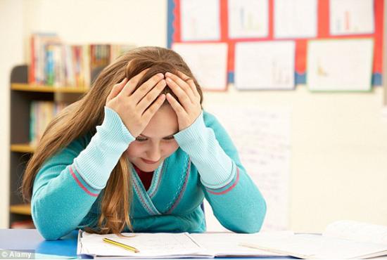 移民学生猛增 英国本地学生压力大
