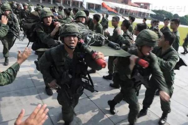 留学生在新加坡的服兵役经历