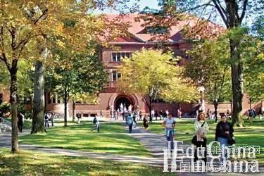 """学生眼中的哈佛招生标准:只要""""最好""""的"""