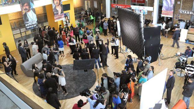 留学生择校受影视剧影响 上镜率高的大学最受欢迎