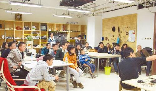 美媒:中国学生盼赴美留学逃离高考