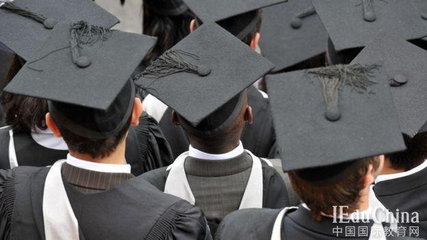受制于移民政策 英国留学生市场持续缩水引担忧
