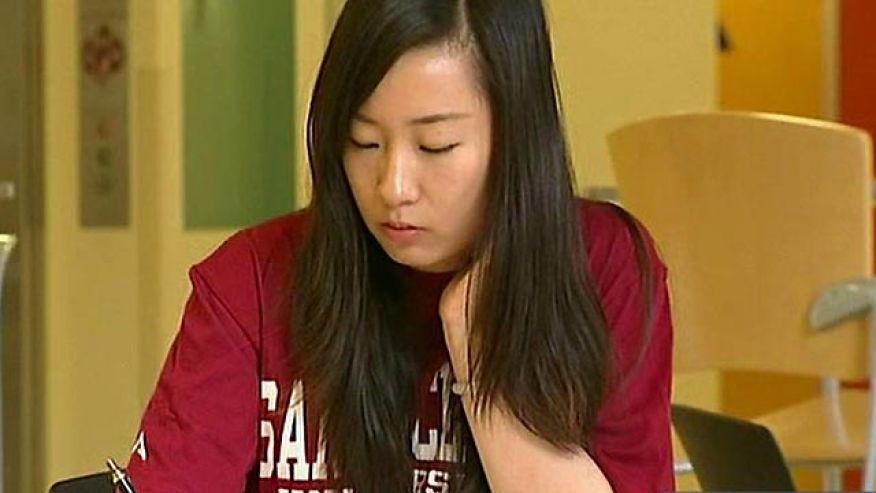 美媒:中国留学生夺走美国大量资源 大部分混文凭