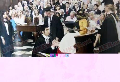 吐槽英国大学奇葩入学和毕业传统