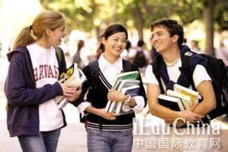 """美国高中申请留学必须知道的四项""""潜规则"""""""