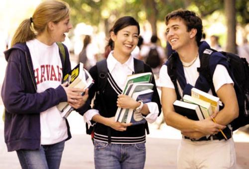 高考不理想  要不要出国留学