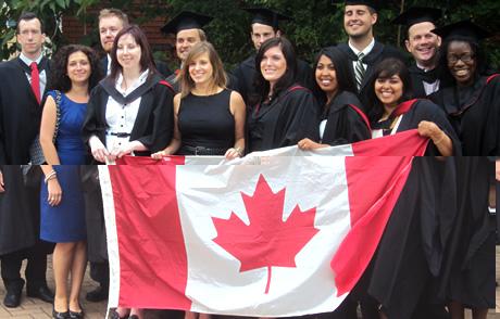 高考后  留学加拿大的利与弊