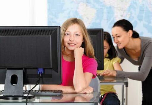 出国读中学  面临四大挑战怎破解