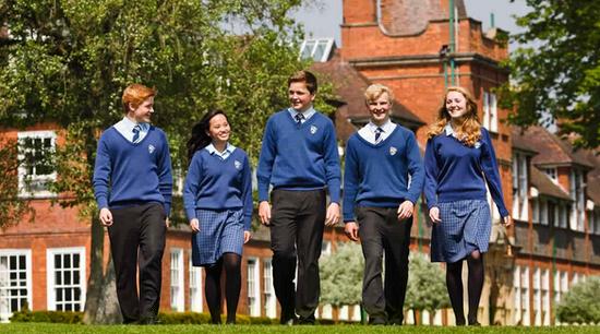 中学去英国留学  该如何选学校
