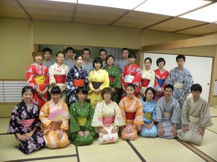 2016年日本留学各阶段费用一览表