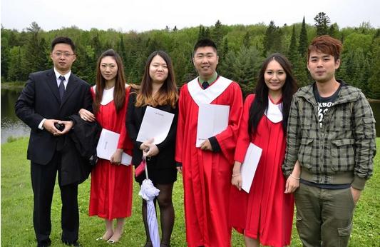 中国留学生买豪车背后  留学究竟为什么